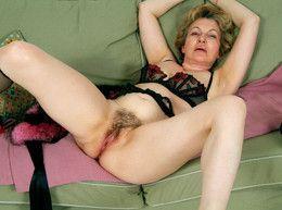 Redhead woman Zima from KarupsOW..