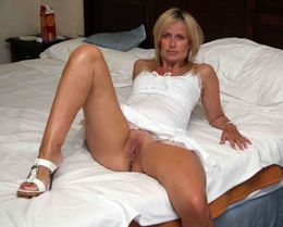 This blonde MILF brags of her little..