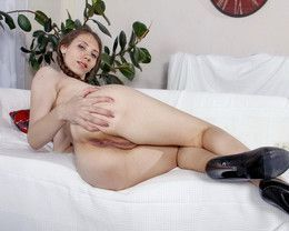 Skinny tall girl Stephanie Moon..