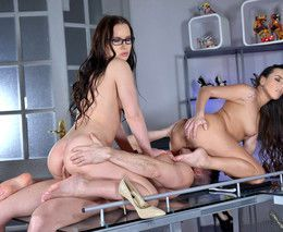 Two babes Wendy Moon and Mea Melone..