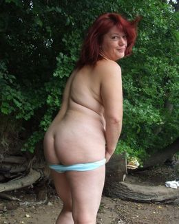 Two perverse grandma's, in sexgame is..