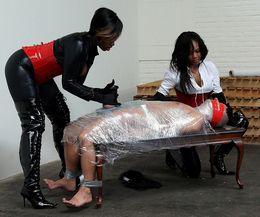 Black mistress forced white slaves..