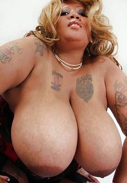 Fucking huge black BBW with real..
