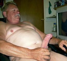 Amateur gay and straight mans with big..