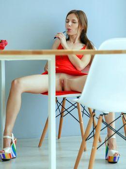 Young starlet Sofi Shane nude at..