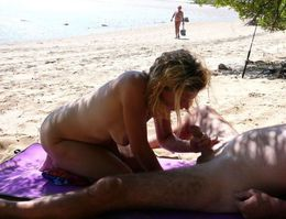Public groupsex in the dunes, she is a..