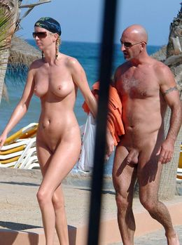Nudist and real amateur nude couples..