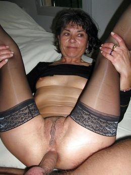 Homemade pics where mature wives..