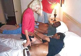 Amateur Interracial gang bang, black..
