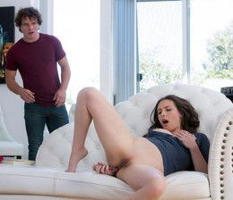 Tempting babe Casey Calvert drilled..