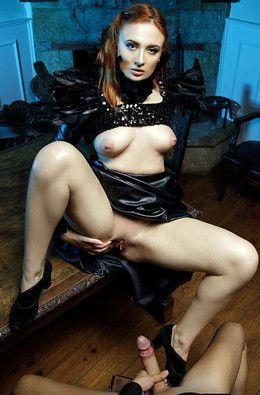 Hot dark queen Eva Berger gets pussy..