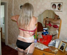 Plump mature housewife in homemade..