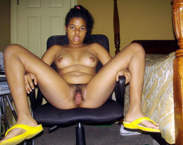 Sexy ebony chick with large cut..