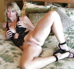 Depraved Italian mother, real amateur..
