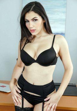 Splendid pornstar Valentina Nappi..