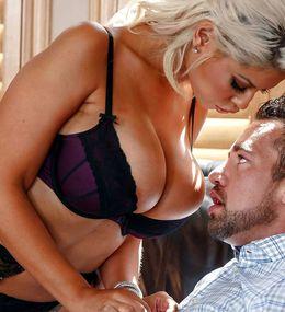 Stunning cougar MILF wants cum on hwer..
