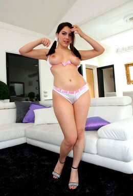 Leggy solo model Valentina spreads her..