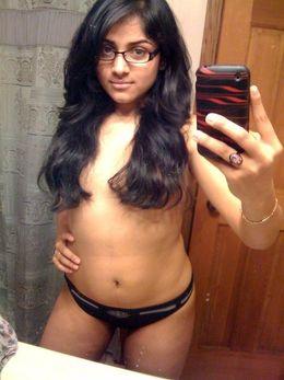 Cute desi GF lick herself nipples in..