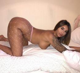 Pornstar Priya Anjali Rai in stockings..