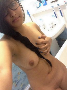 Nerdy indian coed show her topless..