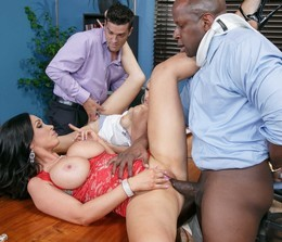 Nikki Benz suck BBC while Alex enjoys..