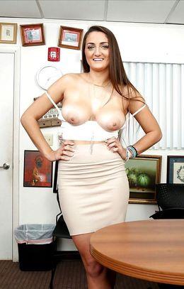 Lush nude model Tiffany Wells..
