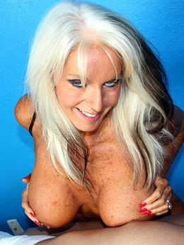 Big boobed still hot mature jerks a..